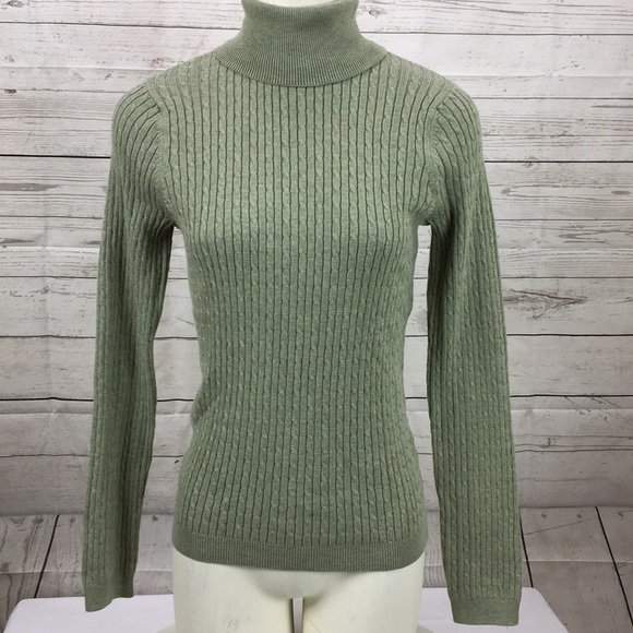688bbc47b9 NWT Jeanne Pierre Turtleneck Cable knit Sweater SM